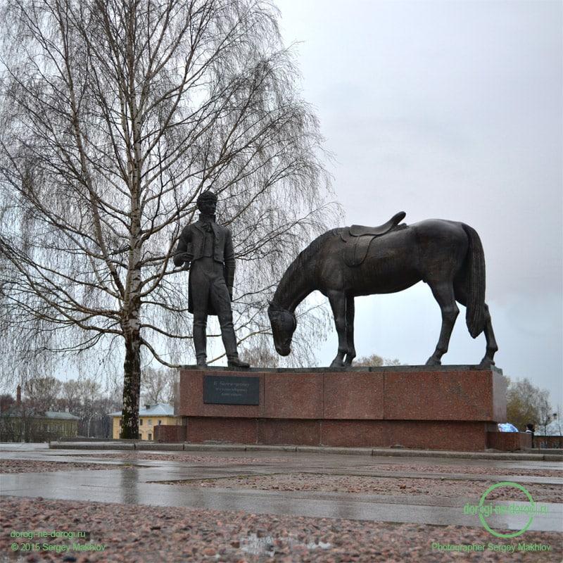 Памятник Константину Николаевичу Батюшкову в Вологде