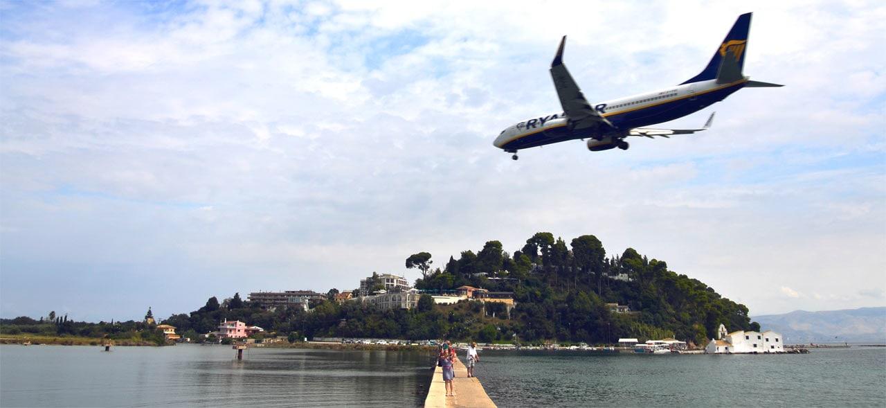 Самолёт-Ryanair