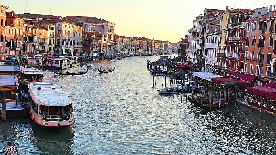 Канал в Венеции