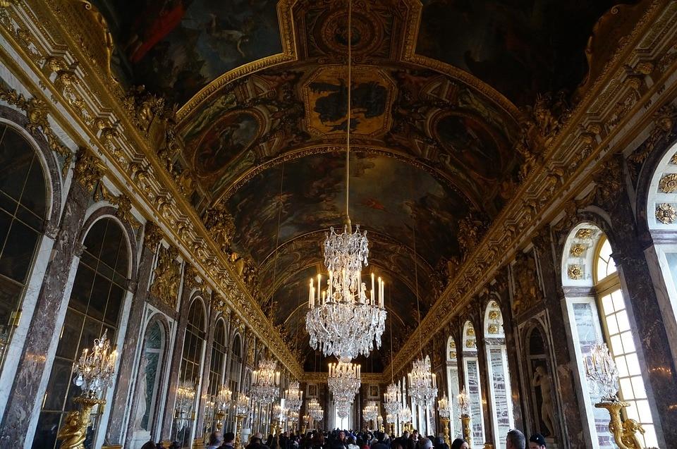 Версаль – роскошная достопримечательность Парижа