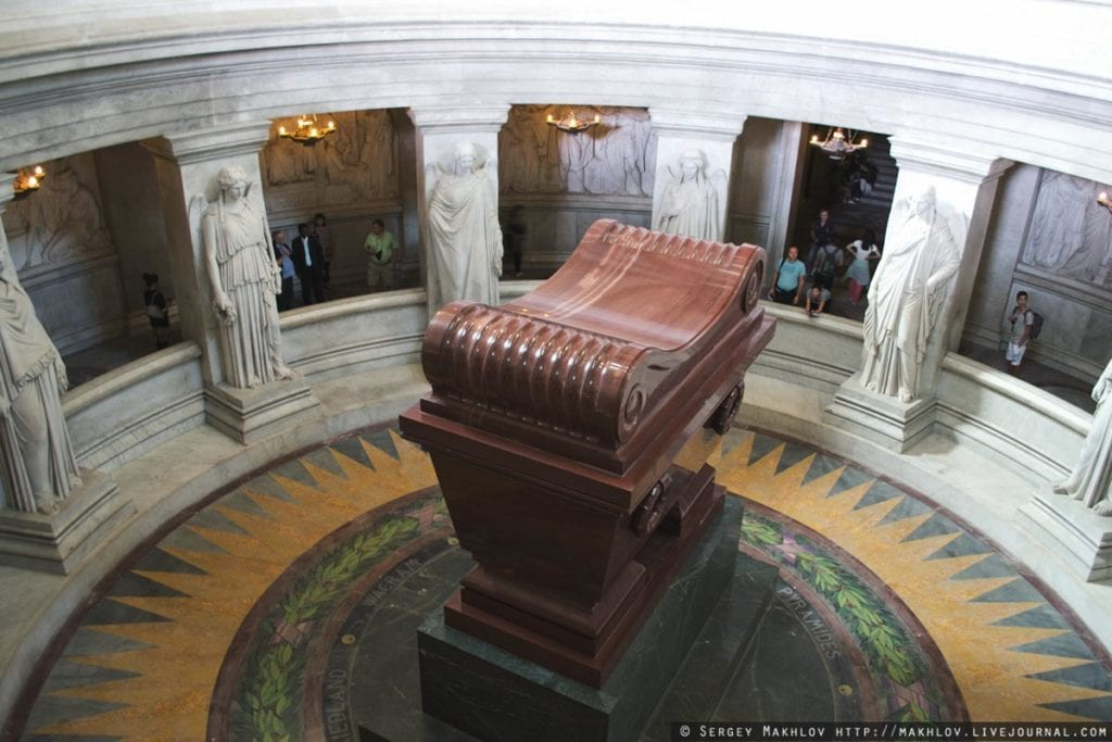 Могила Наполеона – основная достопримечательность Парижа