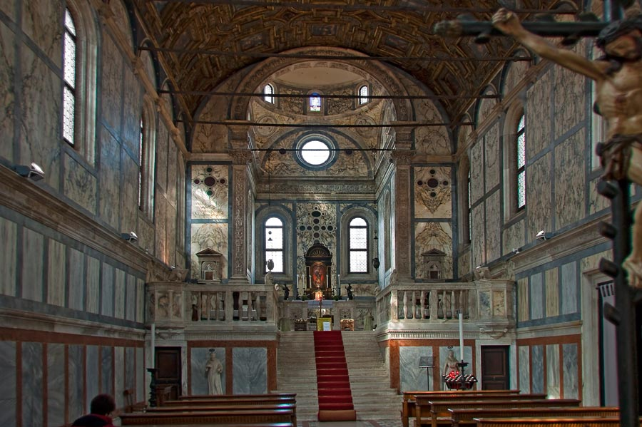 Интерьер церкви Santa_Maria_Dei_Miracoli