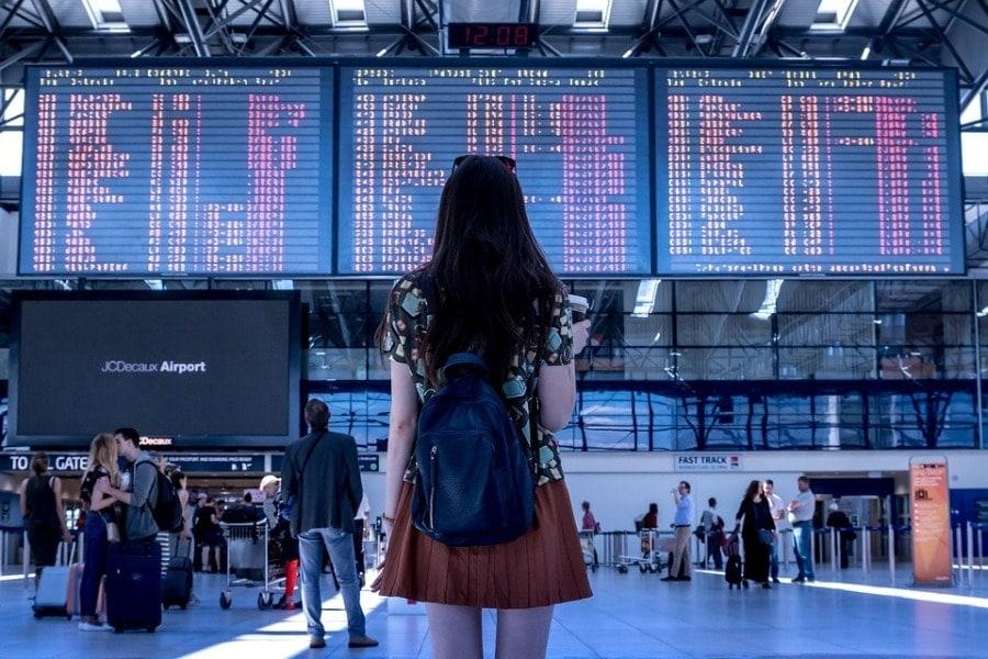 Задержка рейса более чем на 3 часа - одна из самых распространенных претензий к авиакомпаниям со стороны пассажиров