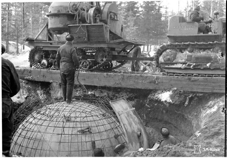 Техника на строительстве у горы Филина, март 1944 года