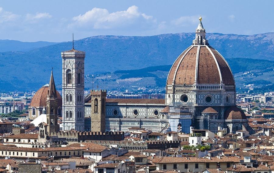 Флоренция - вид на купол собора Дуомо