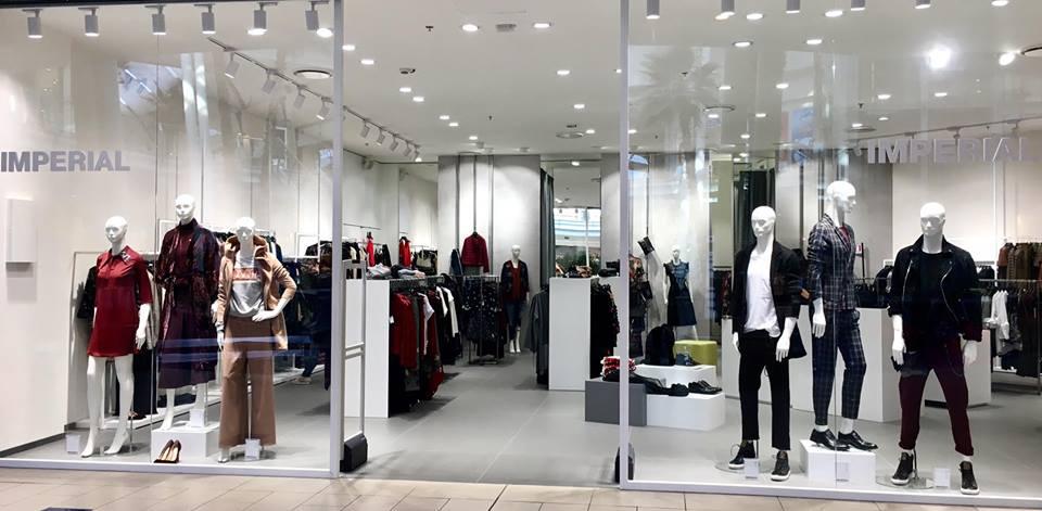 LeBefane - огромный торговый центр, который предложит вам множество магазинов ведущих мировых брендов, рестораны, кафе и другие развлечения