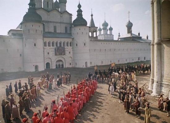 Кадр из фильма Иван Васильевич меняет профессию.
