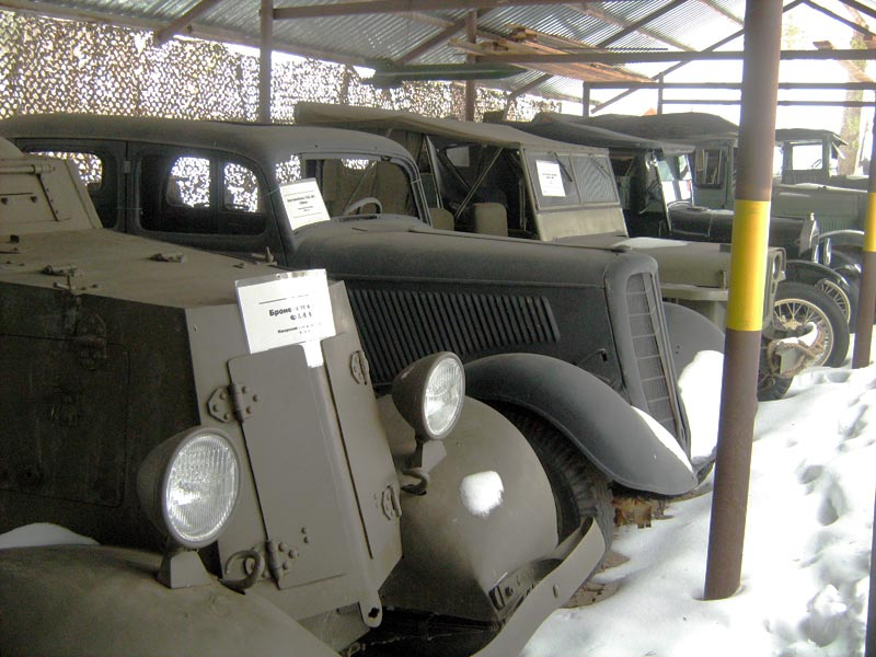 Выставка ретро-автомобилей в Музее узкоколейки