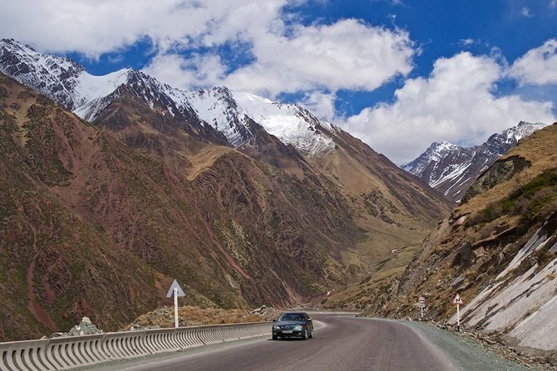 Кара-Балтинское ущелье и трасса Бишкек-Ош (фото с сайта: www.mykgstan.com)