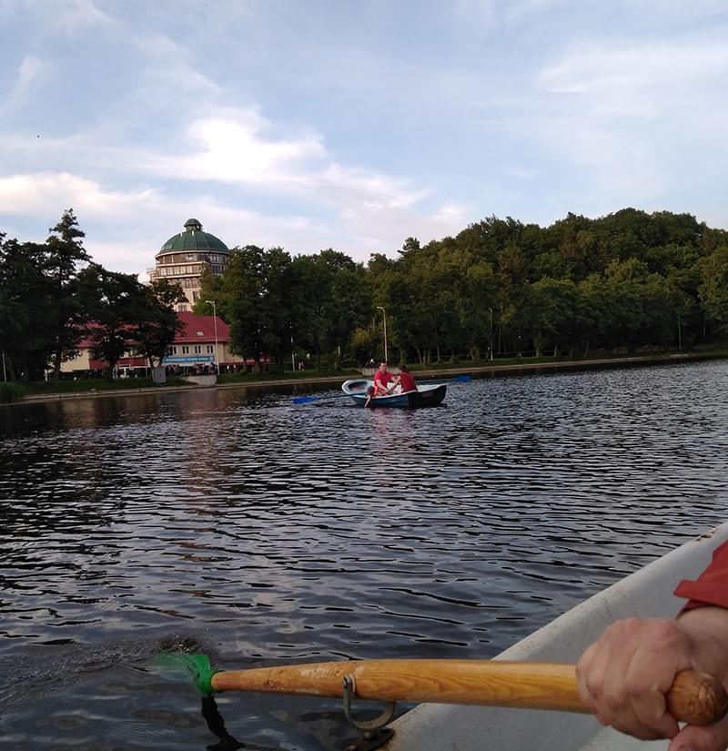 Озеро Тихое - место для релакса и отдыха от суеты в стороне от центра
