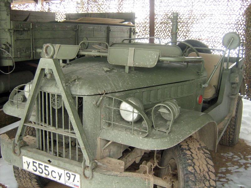 Ретро-автомобиль повышенной проходимости ГАЗ-69