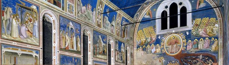 Фрески работы Джотто внутри капеллы