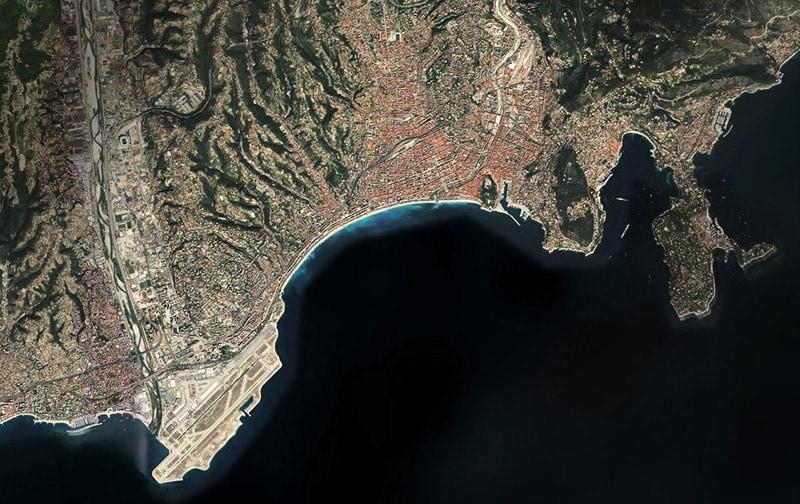 Вид Ниццы из космоса. Фото Bing.