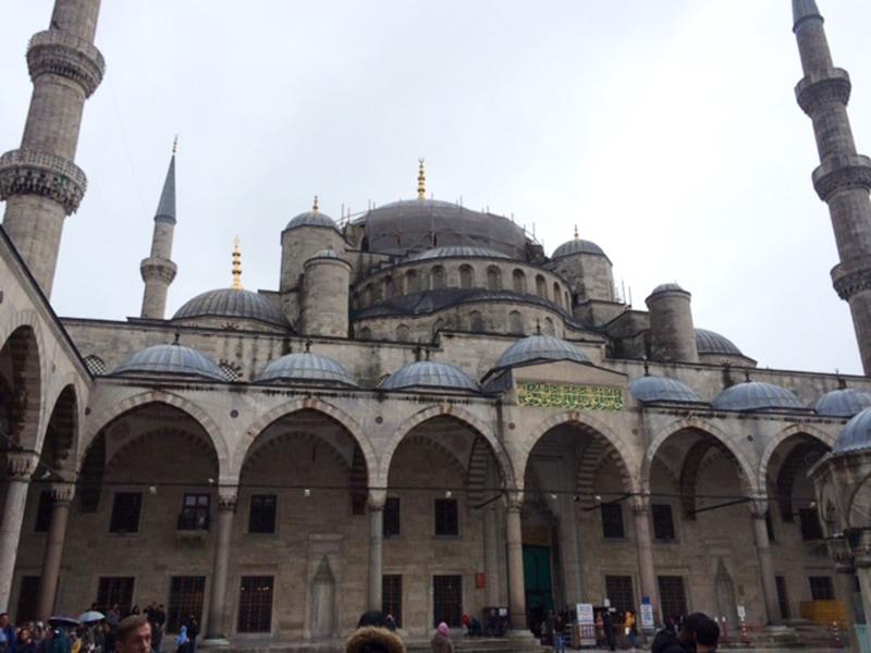 Голубая мечеть - вторая по значимости, после Айя-Софии, достопримечательность Стамбула