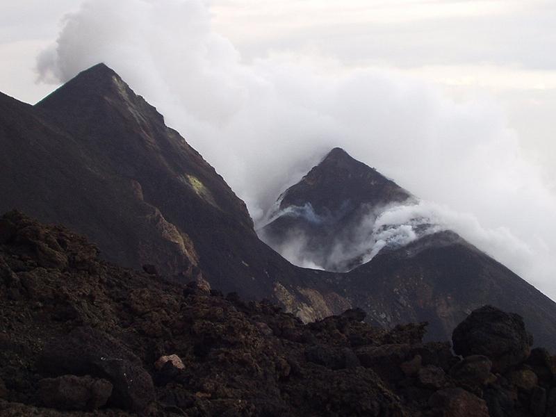 Кратер вулкана Страмболи
