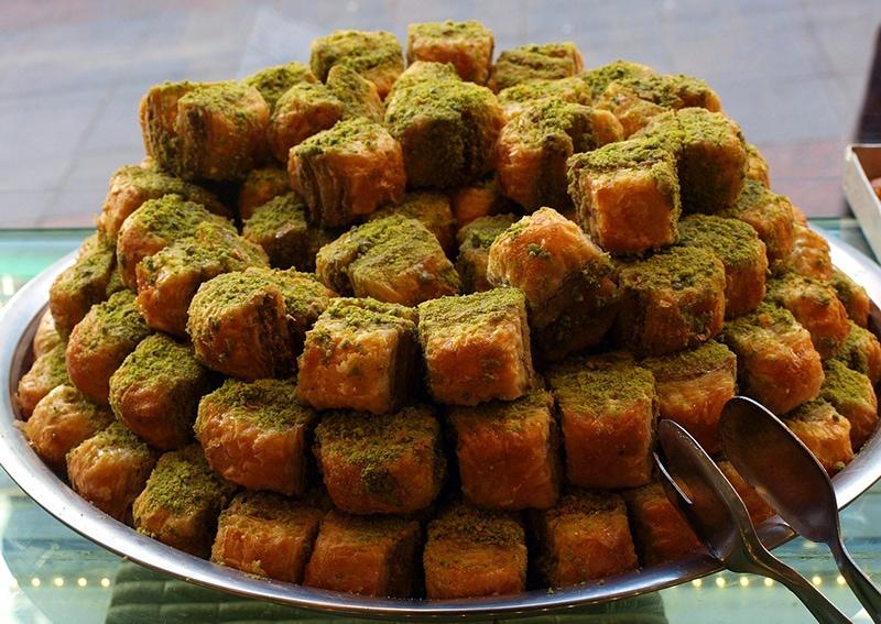 Пахлава - знаменитая турецкая сладость