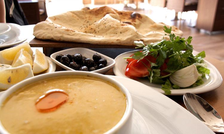 Вкусный Стамбул: что обязательно нужно попробовать в Турции
