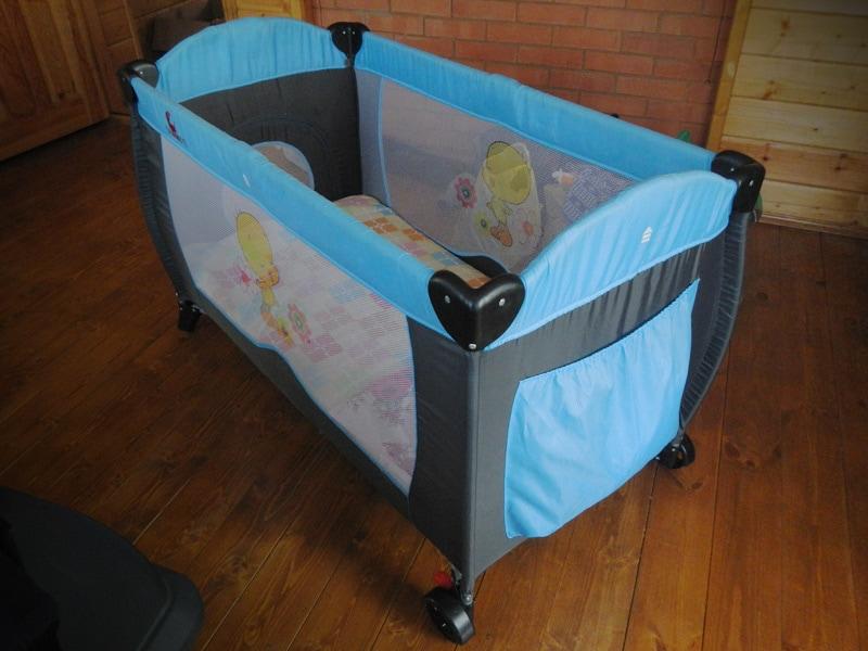 Складная детская кровать
