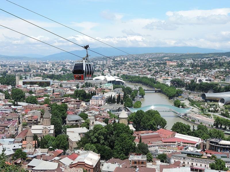 Фуникулер над Старым Тбилиси