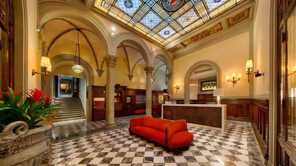 Холл отеля Firenze Porta Rossa во Флоренции