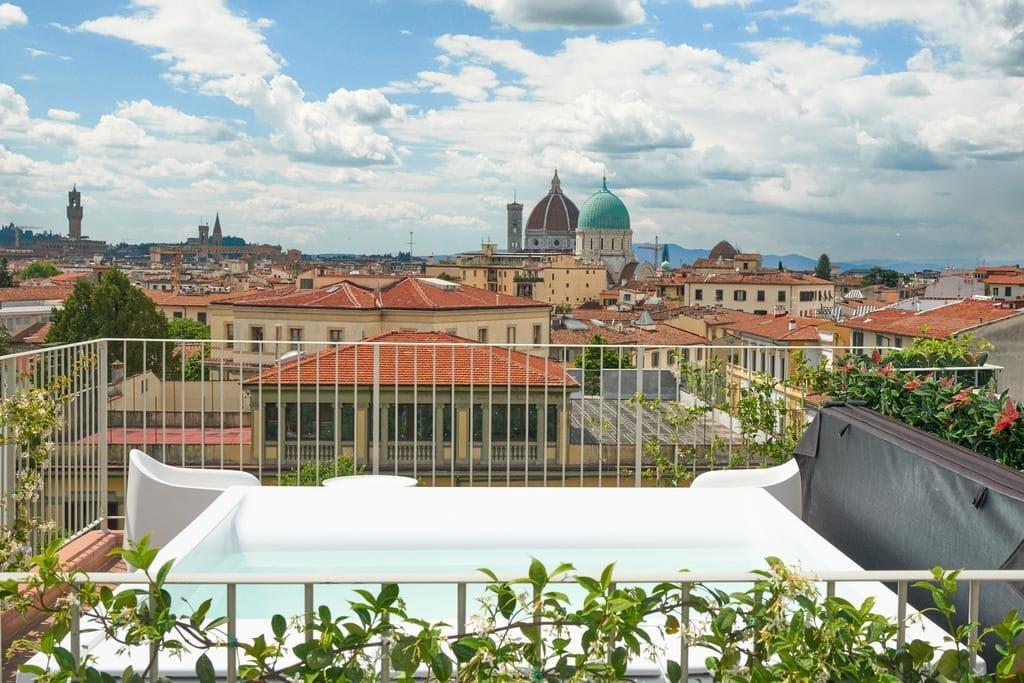 Вид из отеля Forte на Флоренцию