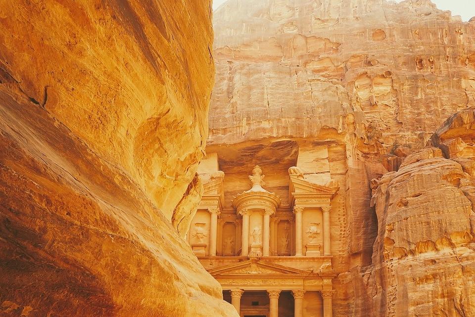 город Петра в Иордании – на майские без визы