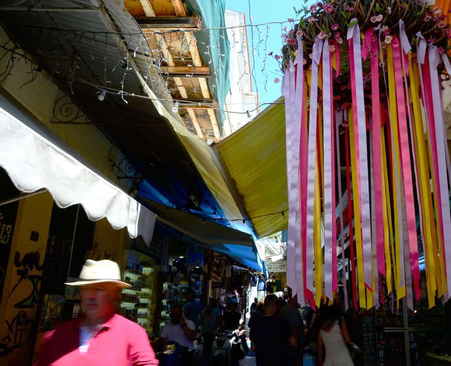 На рынке Монастираки