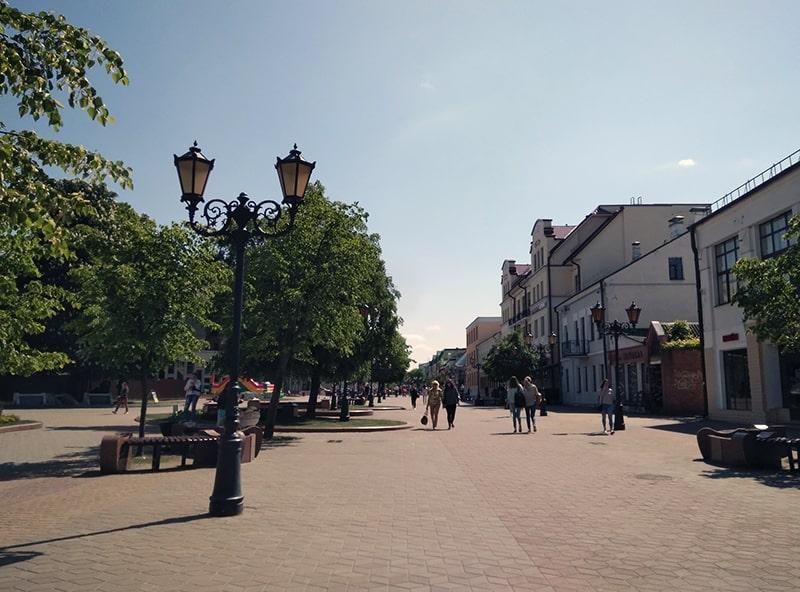 Пешеходная улица в центре Бреста