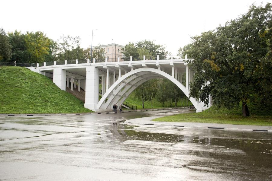 Мост через Красный съезд в Ярославле