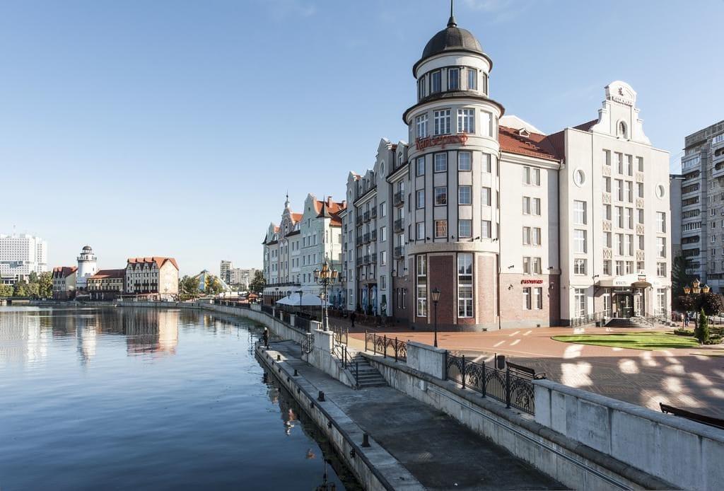 Отель с бассейном Кайзерхоф в Калининграде