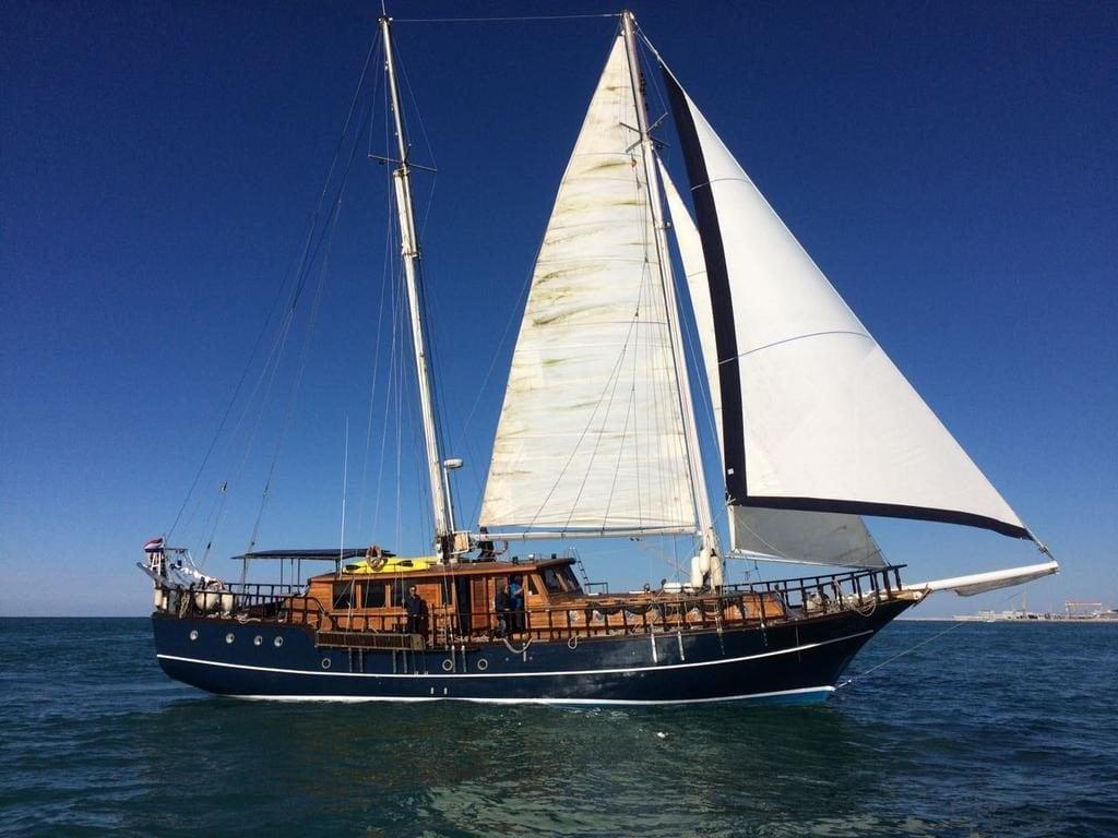 Яхта Akos - хороший и интересный вариант, где остановиться в Венеции