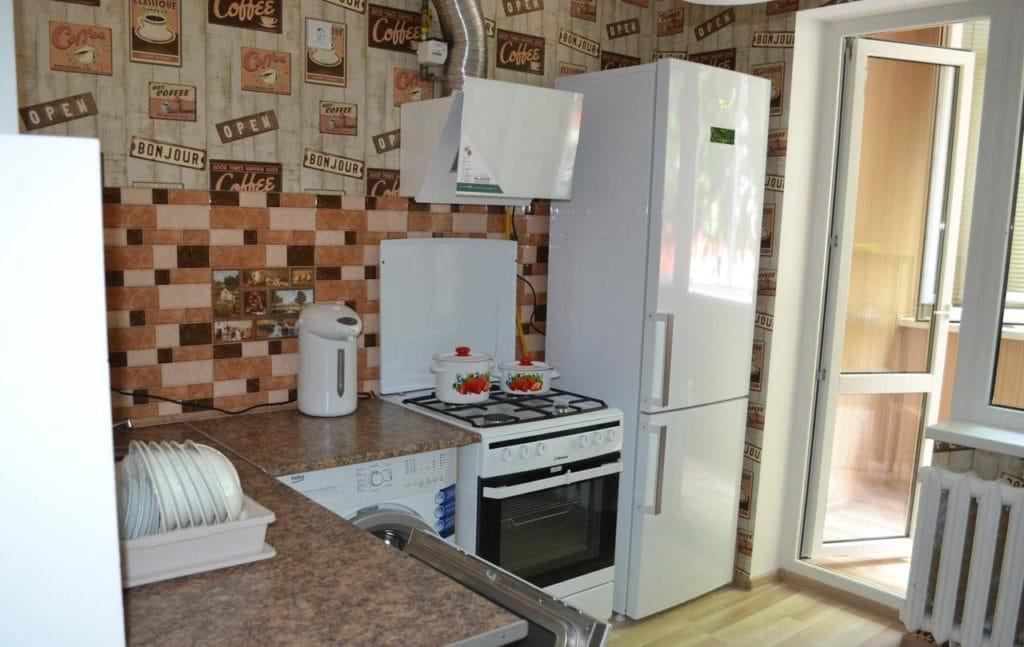 Кухня в хостеле Молодежка
