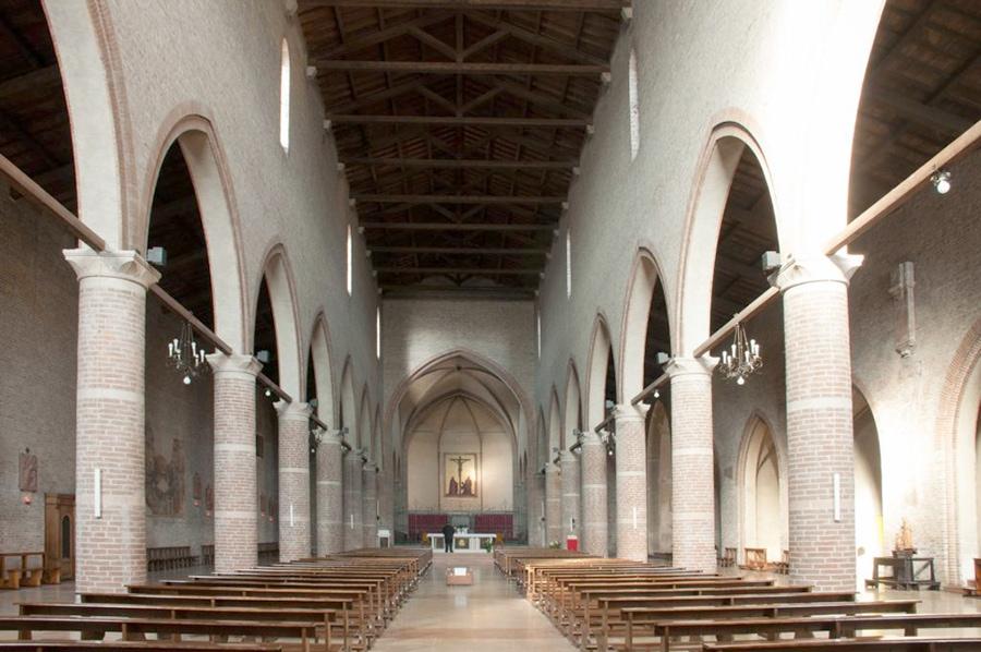 Внутри церкви Сан-Франческо/фото с официального сайта