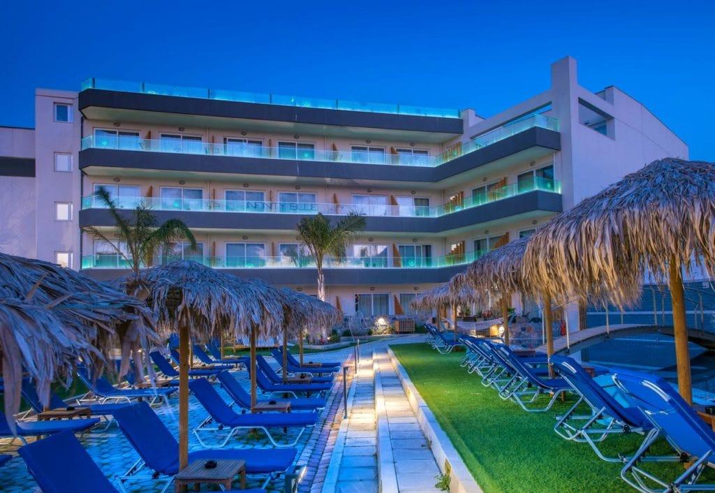 Спа-отель Infinity Blue в Греции