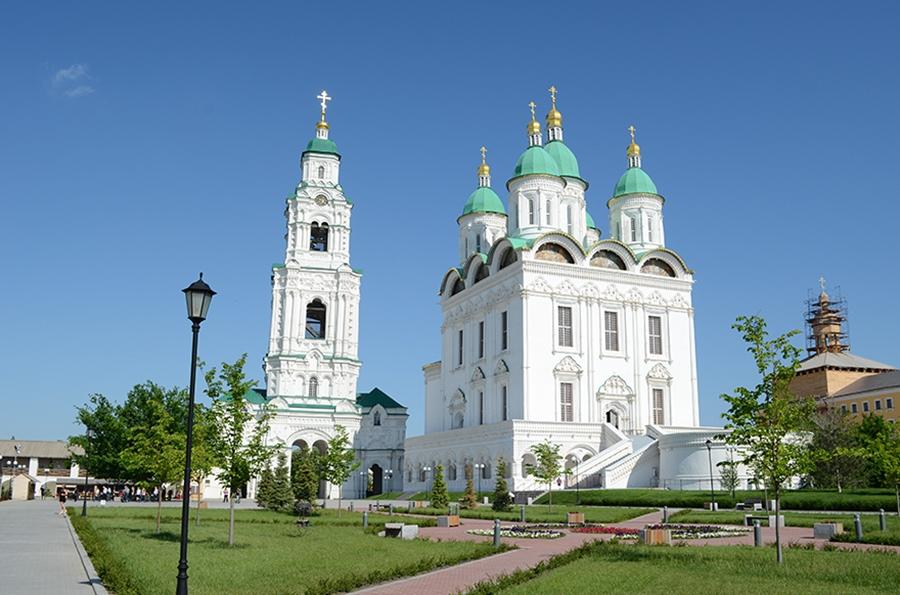 Территория Астраханского кремля