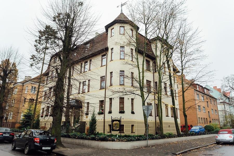Вид гостиницы с улицы/фото с booking.com