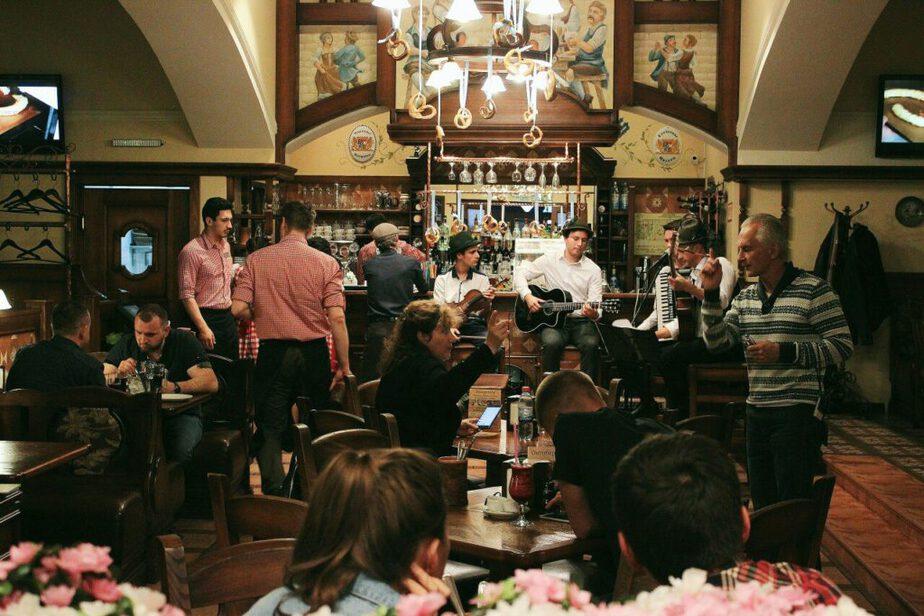 Где покушать в Калиниграде: ресторан Кайзер Вурст