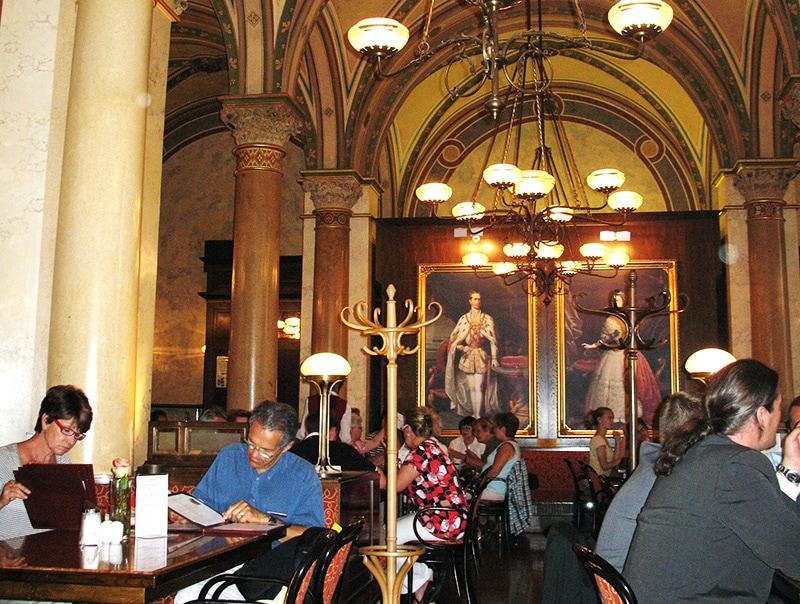 В венской кофейне Central / фото автора