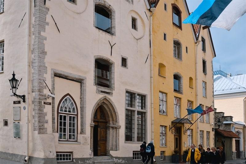 Что посмотреть в Таллине за 1 день - Архитектурный ансамбль «Три Сестры»