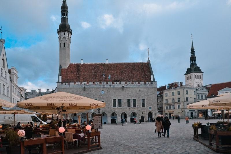 Что посмотреть в Таллине за 1 день - Ратушную площадь