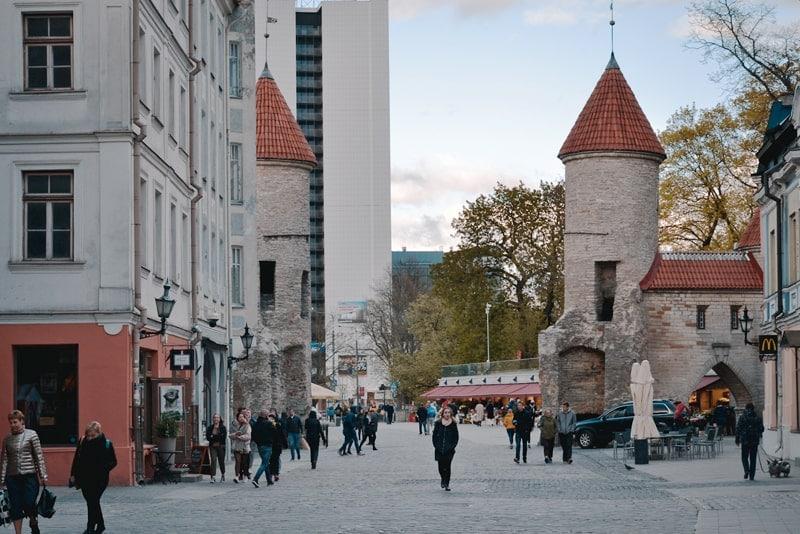 Вируские ворота - первое, что стоит посмотреть в Таллине за 1 день