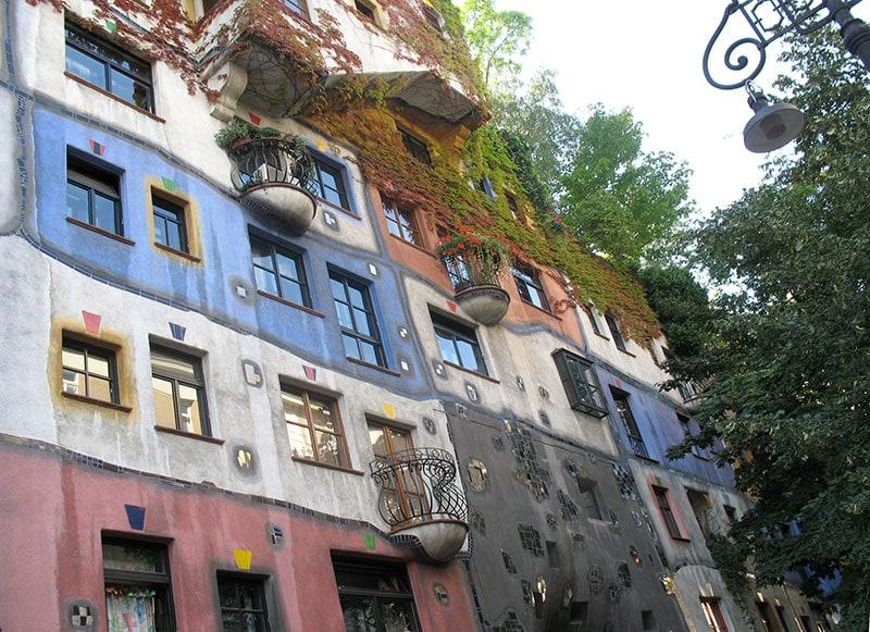 Фасад дома Хундертвассера / фото автора