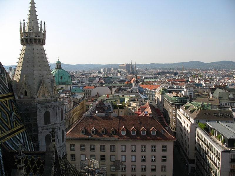Вид с крыши собора Св. Стефана / фото автора