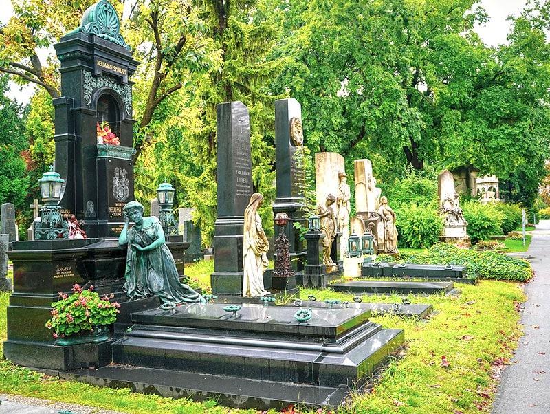 На Центральном кладбище Вены