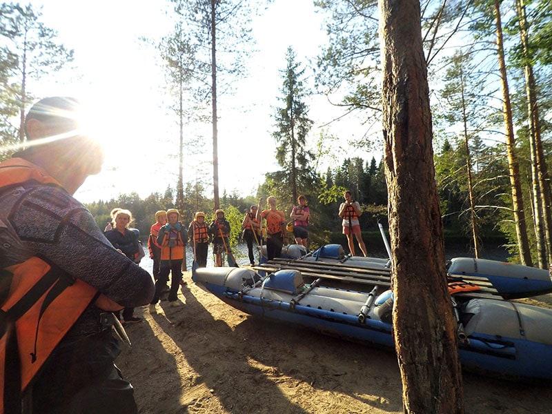 Инструктаж перед сплавом по реке Шуя