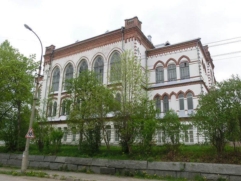 Женская гимназия 1909 года
