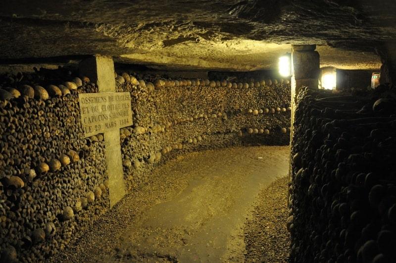 Парижские катакомбы – необычная достопримечательность