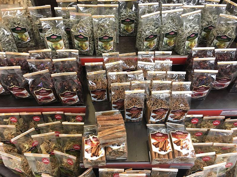 Травяные чаи и пряности