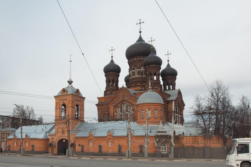 Церковь Введения Богородицы – красная церковь