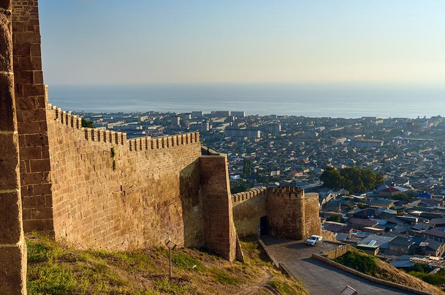 Цитадель «Нарын-Кала» в Дагестане